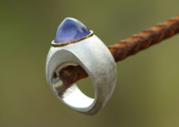 Silberring mit Gold und Iolith
